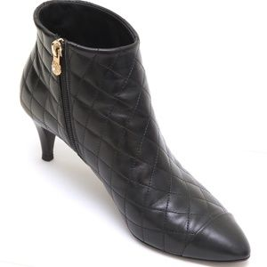 CHANEL Black Leather Ankle Boot Quilted 38.5